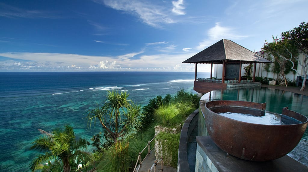 Bidadari Cliffside Estate - Best Bali Beachfront Villas