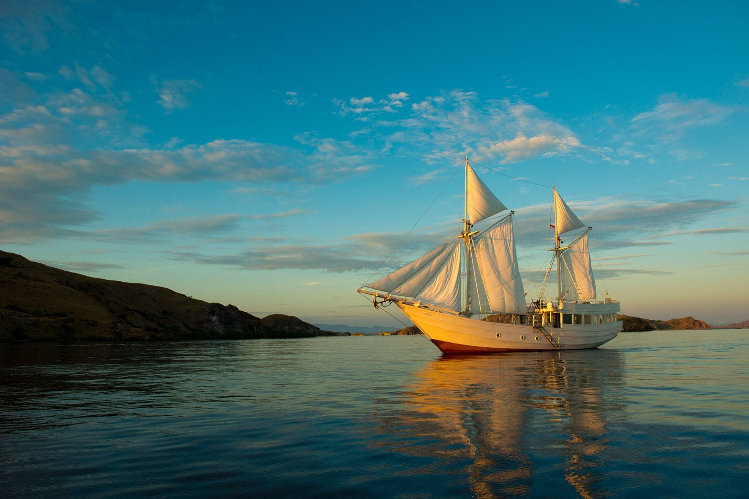 Alexa Private Cruises - Sailing Holidays Indonesia