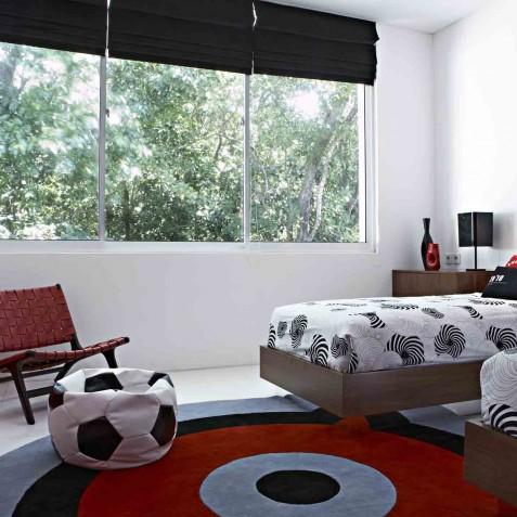 Luna2 Private Hotel - Kid's Red Bedroom - Seminyak, Bali