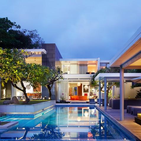 Luna2 Private Hotel - Villa at Night - Seminyak, Bali
