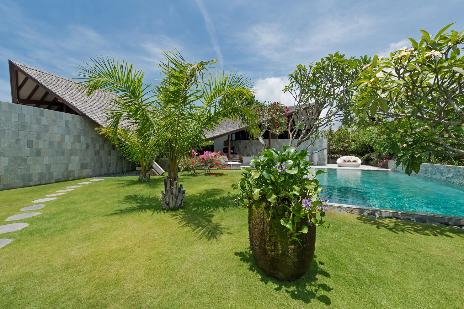 The Layar Iii 3 Bedroom Villa Seminyak Bali Ultimate