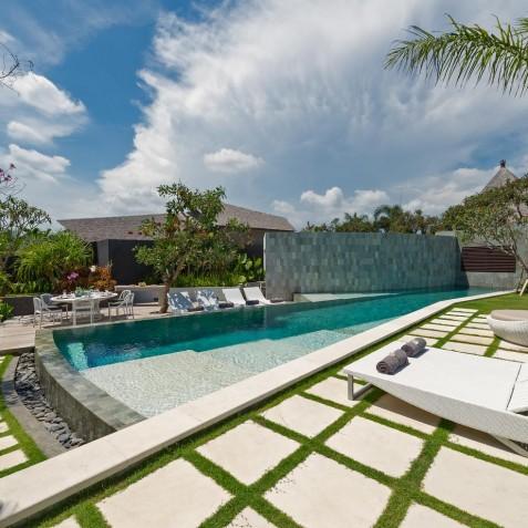 The Layar - 4 Bedroom Villa - Poolside - Seminyak, Bali