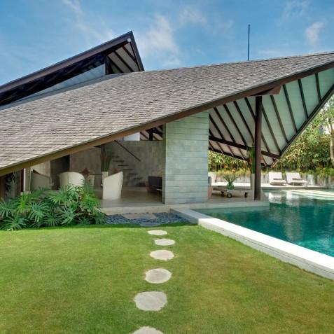 The Layar - 2 Bedroom Villa - Gardens - Seminyak, Bali