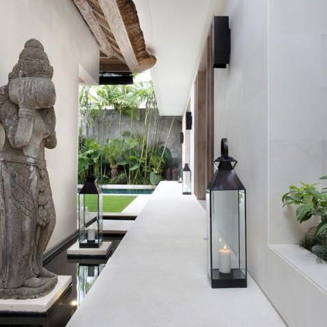 Villa Adasa - Walkway to Pool - Seminyak, Bali