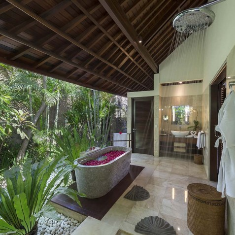 Villa Asta Bali - Ensuite Bathroom - Seminyak, Bali