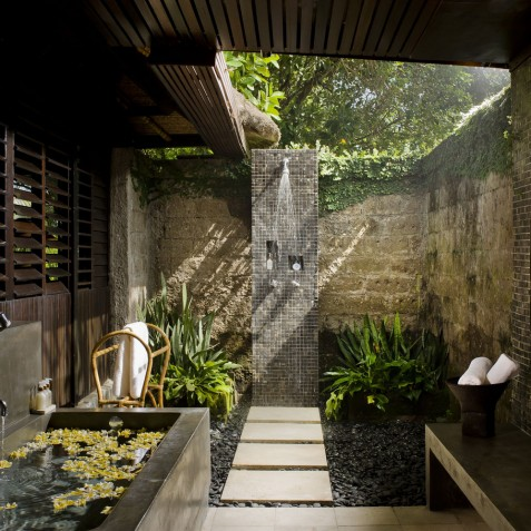 Villa Atas Ombak Bali - Ocean Suite Bathroom - Seminyak, Bali