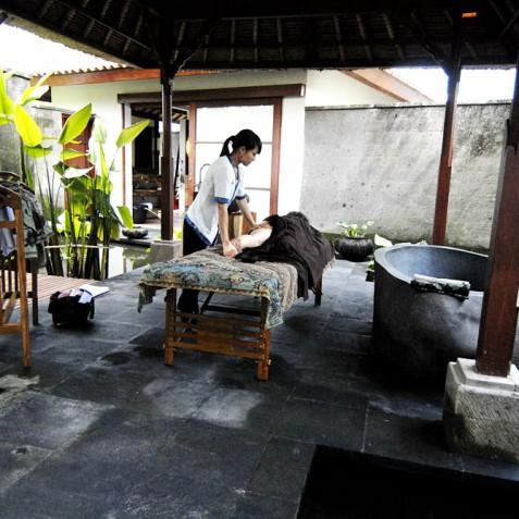 Villa Bayad Bali - Massage at Spa - Ubud, Bali