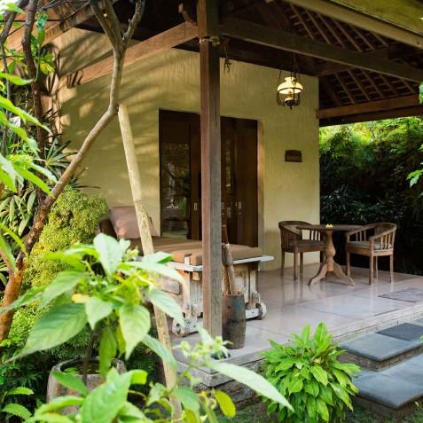Villa Belong Dua - Seseh-Tanah Lot, Bali - Master Suite Veranda