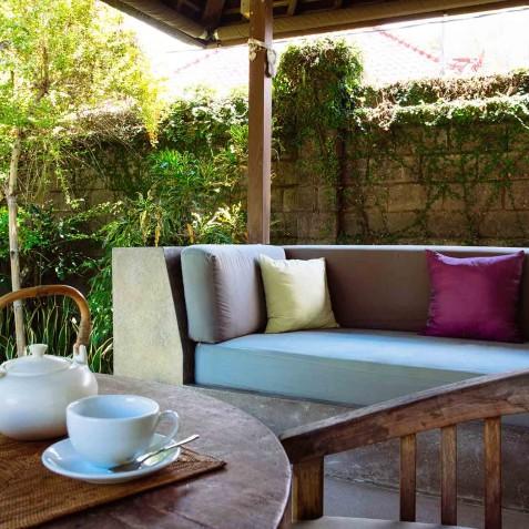 Villa Belong Dua - Seseh-Tanah Lot, Bali - Guest Suite Veranda
