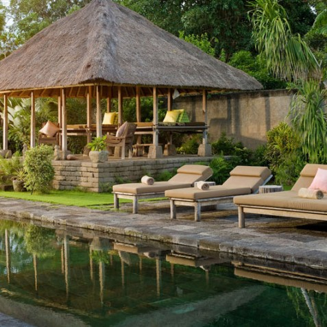 Villa Belong Dua - Seseh-Tanah Lot, Bali - Pool and Bale