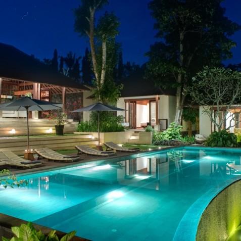 Villa Bunga Pangi - Villa at Night - Canggu, Bali