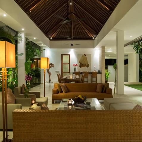 Villa Casa Brio - Living Room and Bar - Seminyak, Bali