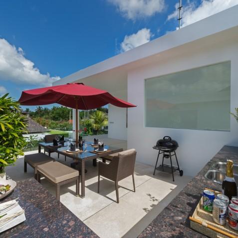 Villa Casa Brio - Upstairs Outdoor Dining Terrace - Seminyak, Bali