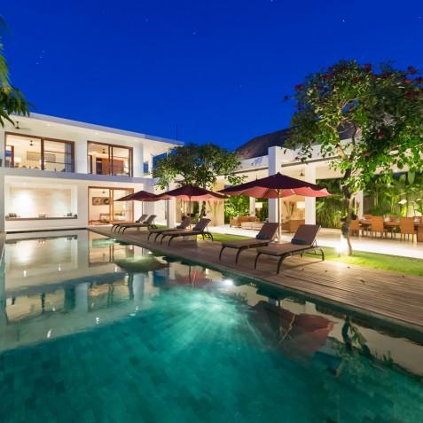 Villa Casa Brio - Villa at Night - Seminyak, Bali