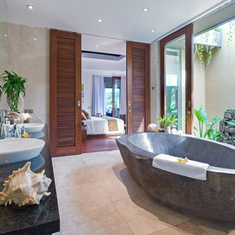 Villa Eshara I - Master Ensuite Bathroom - Seminyak, Bali