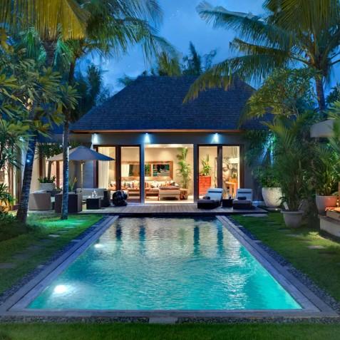 Villa Eshara III - Villa at Night - Seminyak, Bali