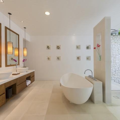 Villa Jagaditha Bali - Master Twin Ensuite Bathroom - Canggu, Bali