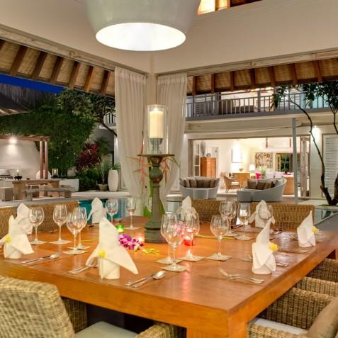 Villa Jajaliluna - Dining Room at Night - Seminyak, Bali