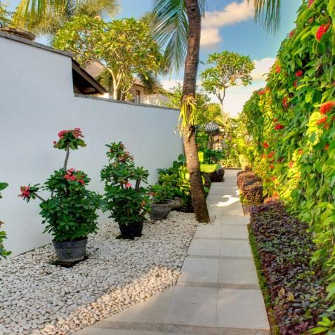 Villa Jajaliluna - Entrance - Seminyak, Bali