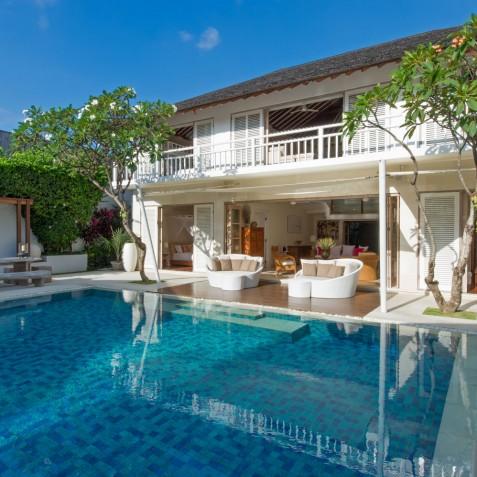 Villa Jajaliluna - Main Pool and Pavilion - Seminyak, Bali