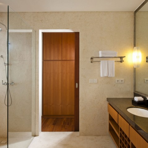 Villa Joss - Mt Agung Suite Bathroom - Seminyak, Bali