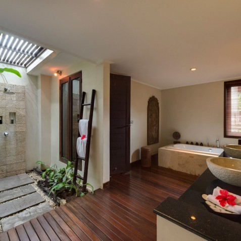Villa Kalimaya I - Guest Pavilion 3 Bathroom - Seminyak, Bali