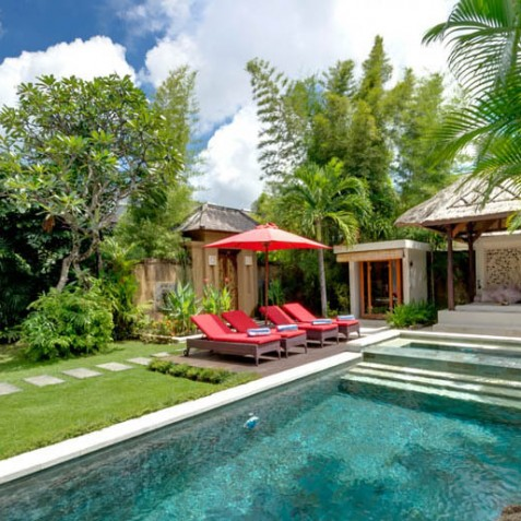 Villa Kalimaya III - Bale and Sun Loungers - Seminyak, Bali