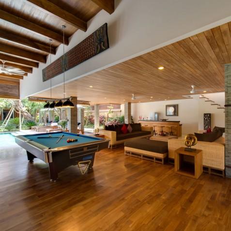 Villa Kinara - Pool Table - Seminyak, Bali