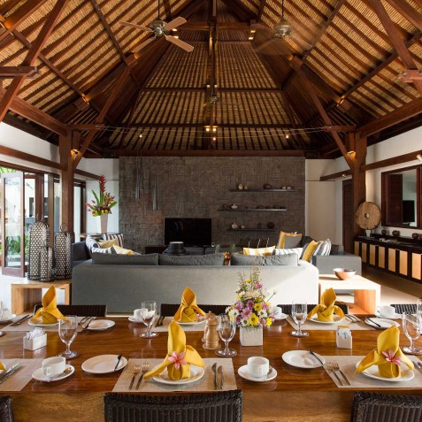 Villa Lilibel Bali - Indoor Dining with view to Living Room - Seminyak, Bali