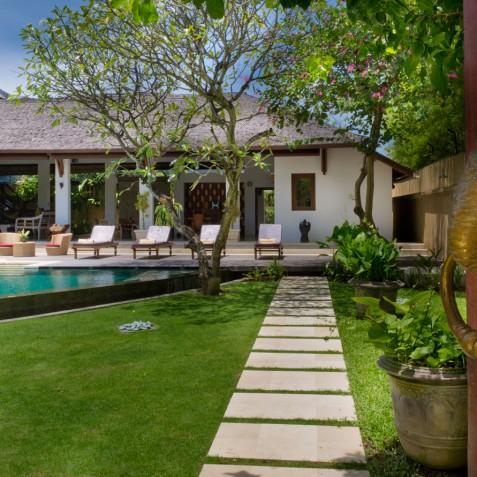Villa Maharaj - Garden and Villa - Seminyak, Bali