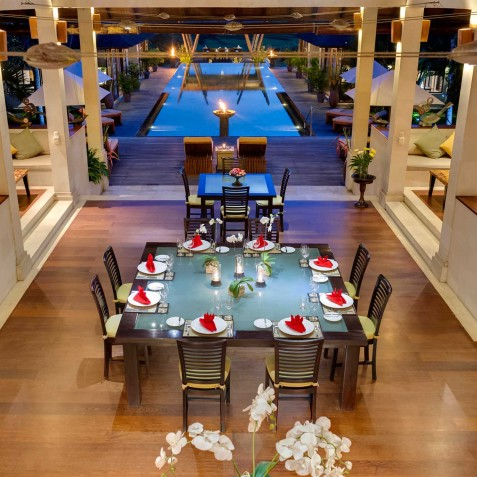 Villa Mandalay Bali - Dinner Setting overlooking Pool - Seseh-Tanah Lot