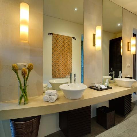 Villa Mandalay Bali - Guest Bathroom - Seseh-Tanah Lot
