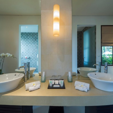 Villa Mandalay Bali - Guest Bathroom Interior - Seseh-Tanah Lot