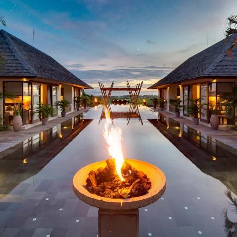 Villa Mandalay Bali - Pool Fire Pit - Seseh-Tanah Lot