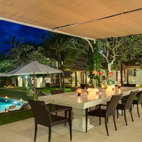 Villa Manis Bali - Alfresco Dining Evening - Canggu, Bali