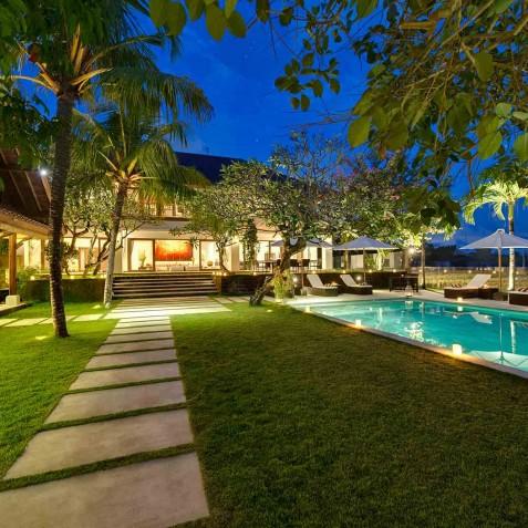 Villa Manis Bali - Garden Pathway at Night - Canggu, Bali