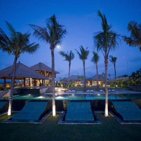 Villa Mary Bali - Villa at Night - Pantai Lima, Canggu, Bali