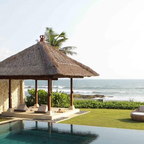 Villa Melissa Bali - Massage Bale by Pool - Pantai Lima, Canggu, Bali