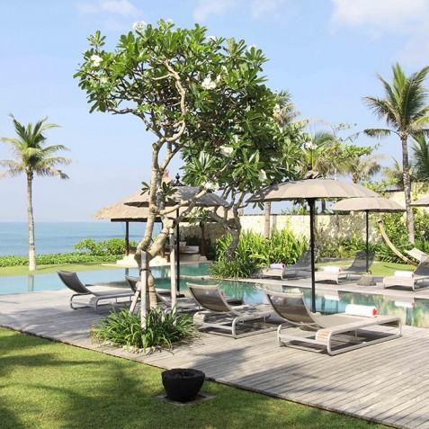 Villa Melissa Bali - Pool Deck and Garden - Pantai Lima, Canggu, Bali