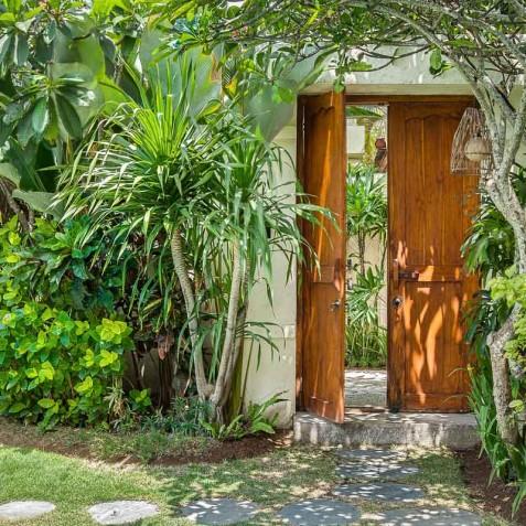 Villa Sea - 4S Villas - Entrance - Seminyak, Bali