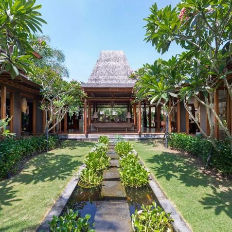 Villa Shambala - Pond - Seminyak, Bali