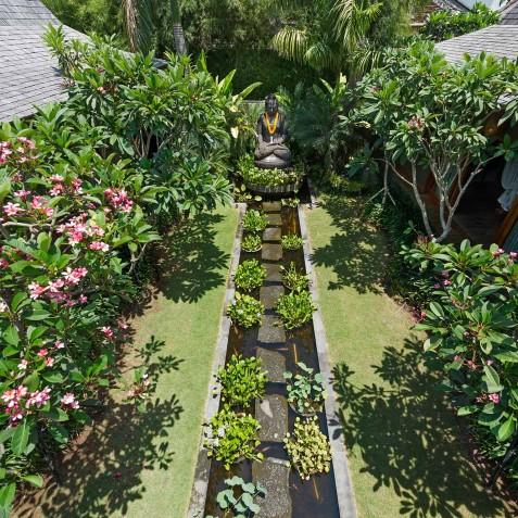 Villa Shambala - Yoga Garden - Seminyak, Bali