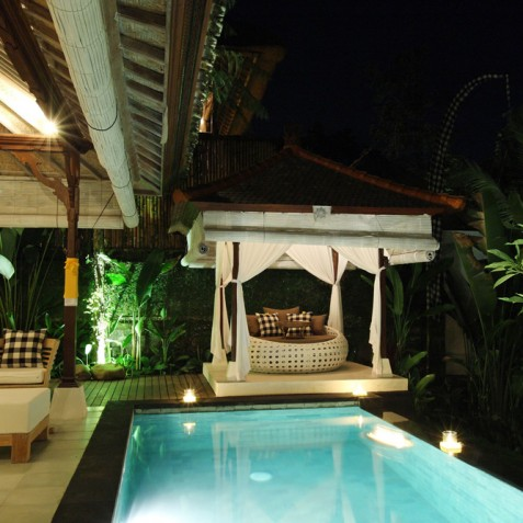 Villa Shamballa Moon, Ubud, Bali - Pool and Bale at Night