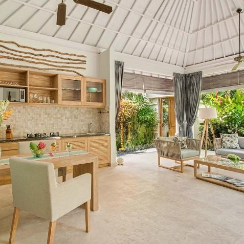 Villa Sky - 4S Villas - Open Plan Living - Seminyak, Bali