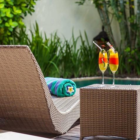 Villa Sky - 4S Villas - Sun Loungers - Seminyak, Bali