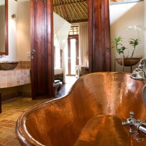Villa Sound of the Sea Bali - Ensuite Bathroom - Pantai Lima, Canggu