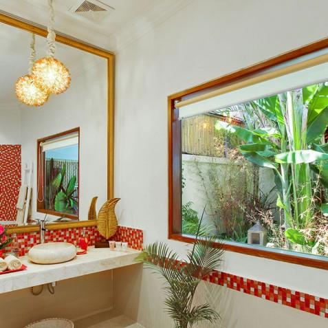 Villa Sun - 4S Villas - Poolside Bedroom Bathroom