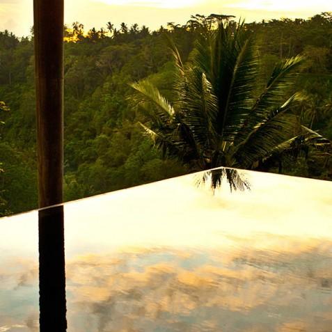 Villa Umah Tampih, Ubud, Bali - Infinity Pool at Sunset