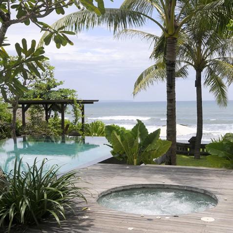 Villa Waringin - Jacuzzi - Pantai Lima, Canggu, Bali