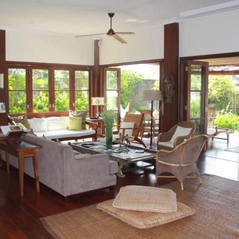 Villa Waringin - Living Room - Pantai Lima, Canggu, Bali